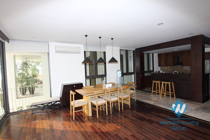 Luxury apartment with 3 bedrooms for lease in Dang Thai Mai, Tay Ho, Ha Noi