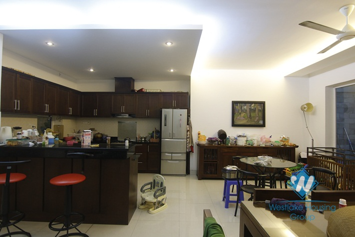 A beautiful and elegant 3 bedroom apartment for rent in Hai Ba Trung