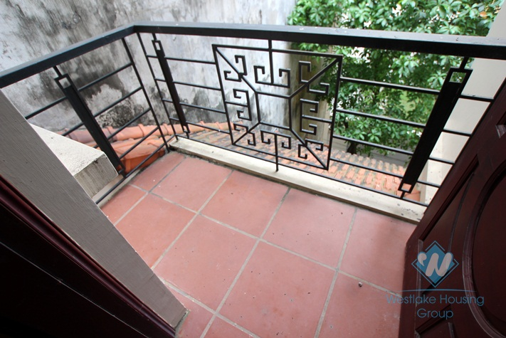 French style house avaialble for rent in Westlake area, fully furnished