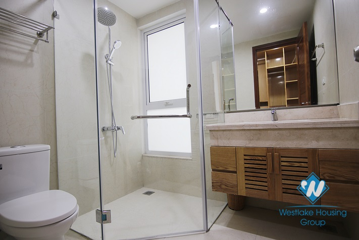 Nice apartment on the high floor for rent in Tay Ho District