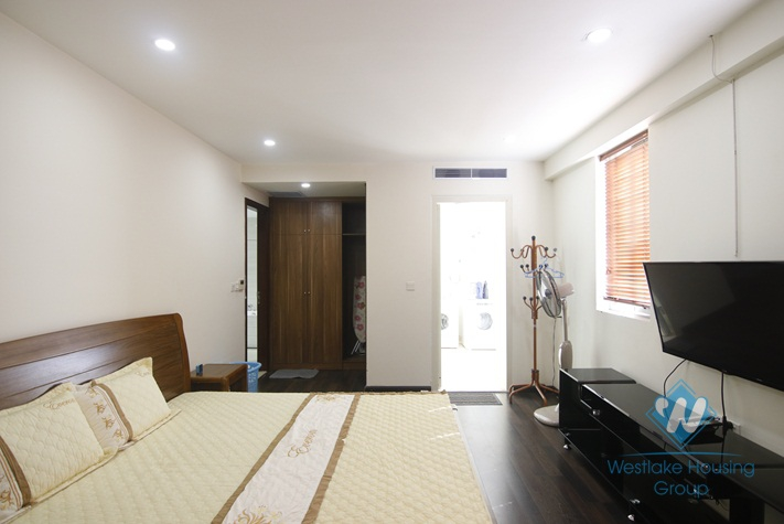 Big two bedrooms for rent in Hai Ba Trung district, Ha Noi