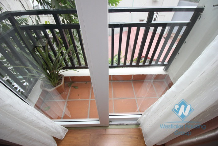 One bedroom apartment for rent in Dao Tan street, Ba Dinh district.