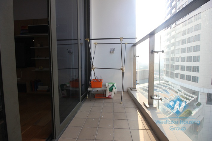 Three bedrooms apartment for rent in IPH, Cau Giay.