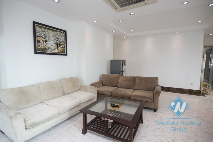 Two bedrooms apartment for rent in Hao Nam street.