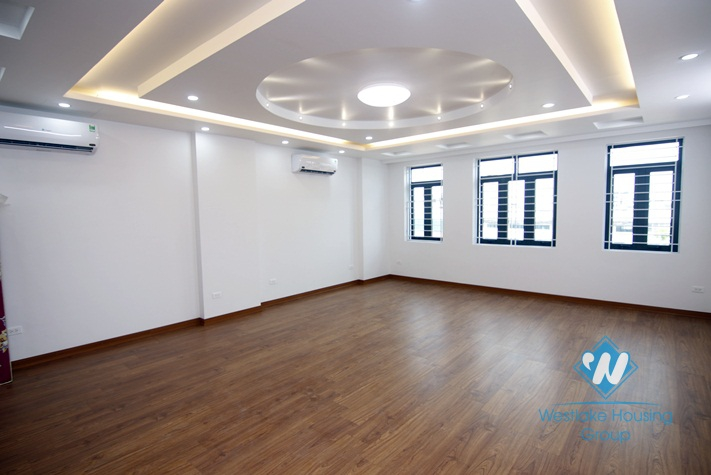 An office space for rent in Dong da, Ha noi