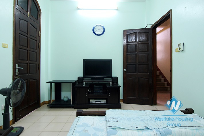 Private house with 4 bedrooms for rent in Au Co st, Tay Ho district.