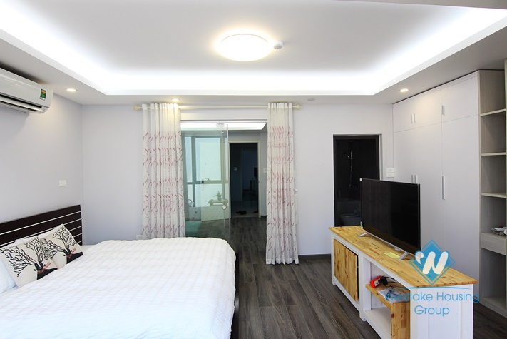 A brand new one bedroom apartment for rent in Tay Ho area.