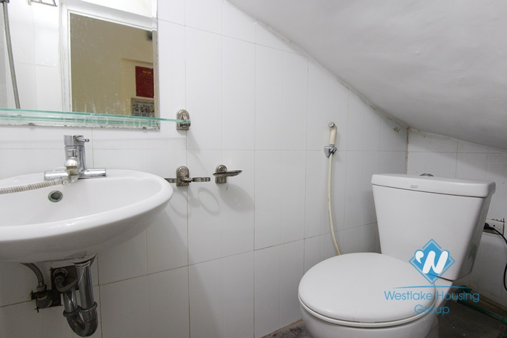 Cheap house with 3 bedrooms  for rent in Tay Ho area.