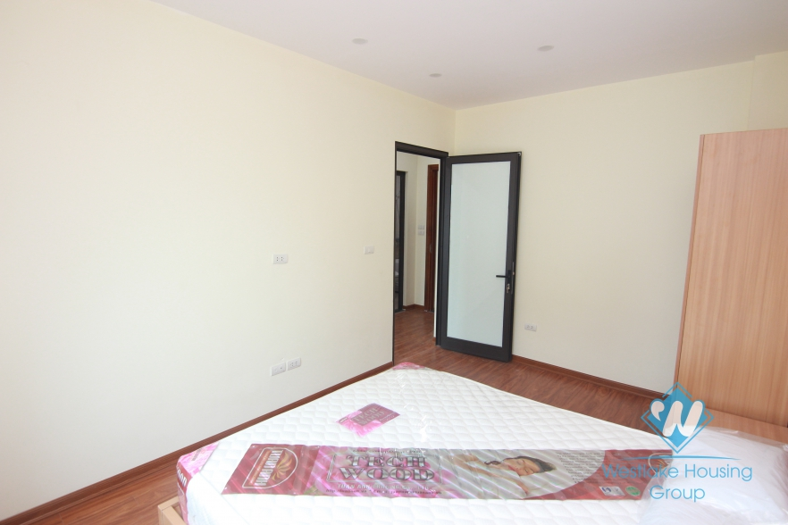 Brandnew and good layout apartment for rent in Cau Giay.