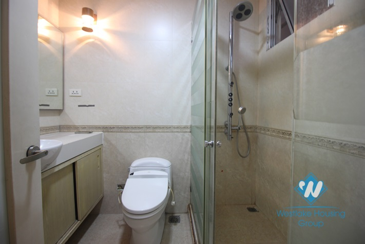 An unfurnished 3 bedroom apartment in G Tower for rent in Ciputra