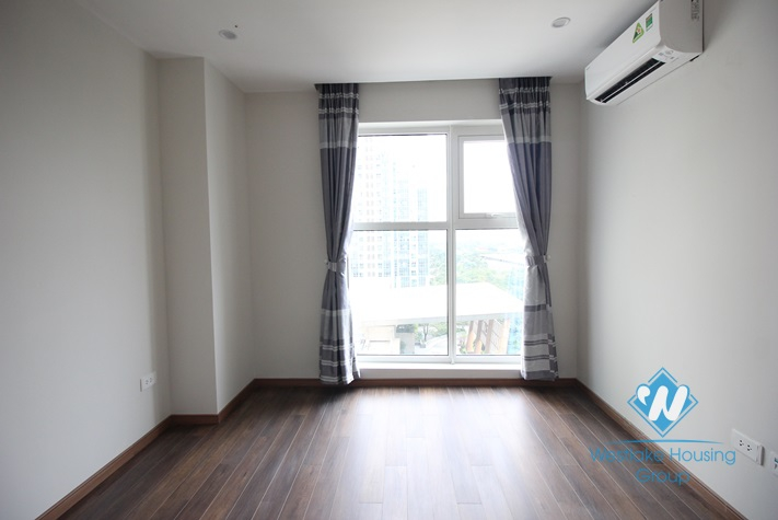 A brand new and semi-furnished 3 bedroom apartment for rent in Ciputra