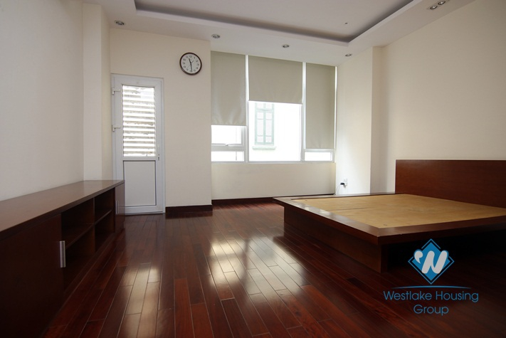 A new 5 bedroom house for rent in Ba dinh, Ha noi