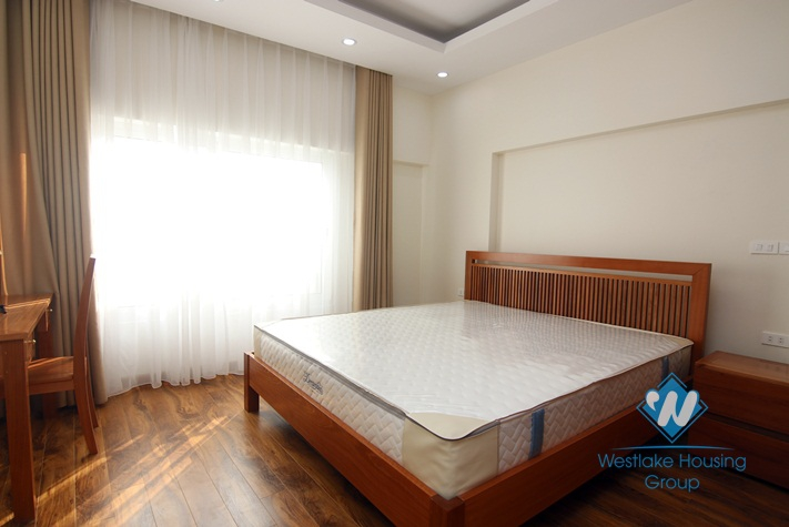 A nice and brand new 1 bedroom apartment for lease in Cau giay
