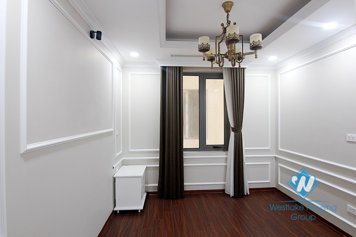 A royal apartment with morden 3 bedrooms for rent in D' Le Roi Soleil, Tay Ho area.
