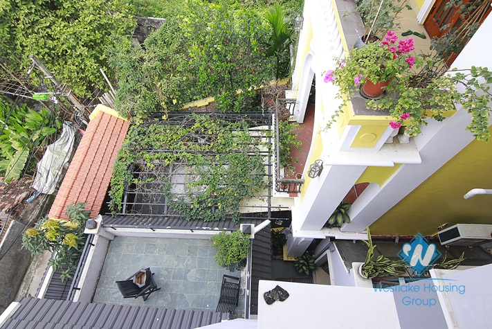 Four bedrooms house for rent in An Duong Vuong st, Tay Ho District