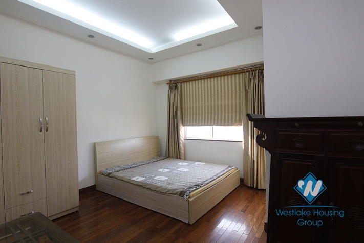 A modern affordable 3 bedroom apartment for rent on Lang Ha street