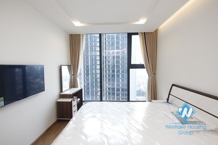 A luxury and brand new 1 bedroom apartment for rent in Metropolis, Ba Dinh