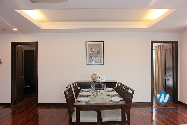 High quality apartment for rent in Dang Thai Mai street, Tay Ho, Hanoi