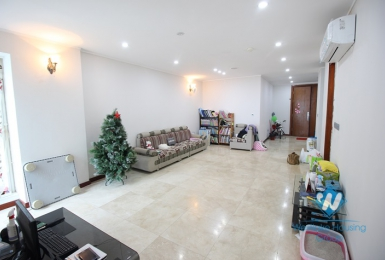 A beautiful apartment with full furnitures for rent in Ciputra International Ha Noi City