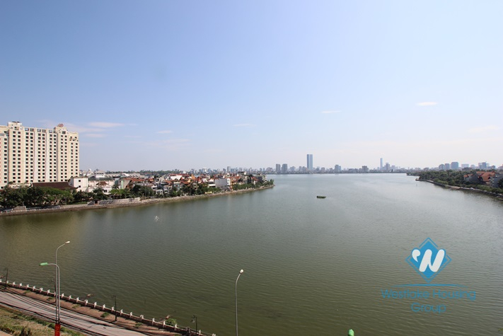 High quality apartment with lake view for rent in Xuan Dieu street, Tay Ho, Hanoi