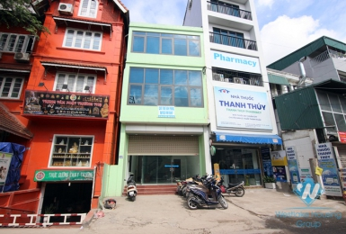 Spacious office space for rent in Xuan dieu, Tay ho, Ha noi