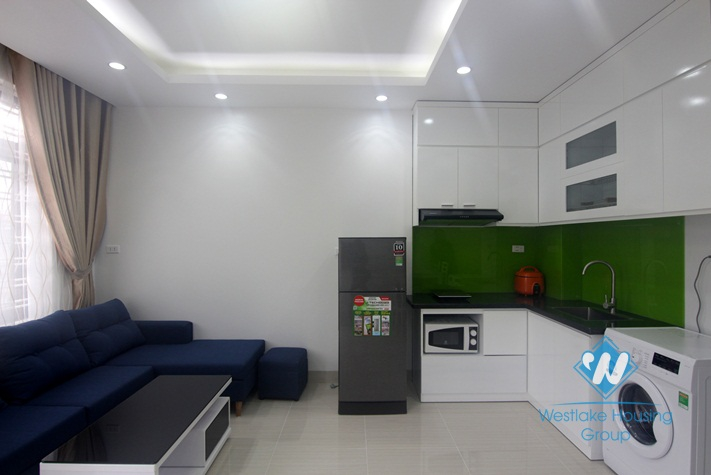 A brand new and bright apartment for rent in Au co, Tay ho