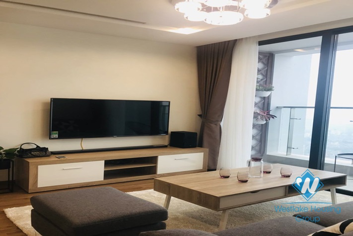 Charming apartment for rent in Vinhome Metropolis building Lieu Giai, Ba Dinh, Ha Noi