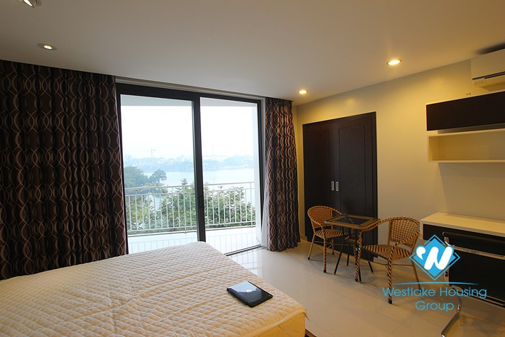 Beautiful apartment with great lake view for rent in Ba Dinh, Ha Noi