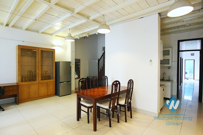 A good house with big yard for rent in Tay ho, Ha noi