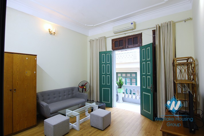 Super 1 bedroom apartment for rent in Au Co st, Tay Ho.