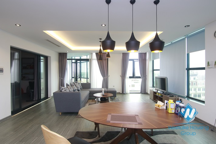 Nice penthouse apartment for rent in Ba Dinh District