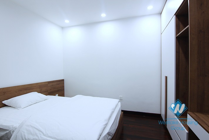 Brandnew and lakeview 2 bedrooms apartment for rent in Tu Hoa st, Tay Ho.