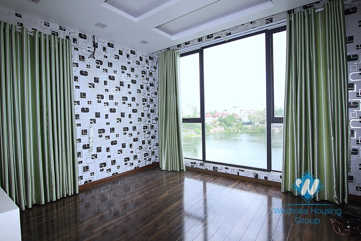 Duplex 4 bedrooms apartment with lake view for rent in Au Co st, Tay Ho area