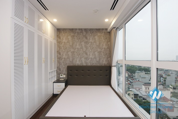 A brand new 3 bedroom apartment for rent in Aqua Central Tower