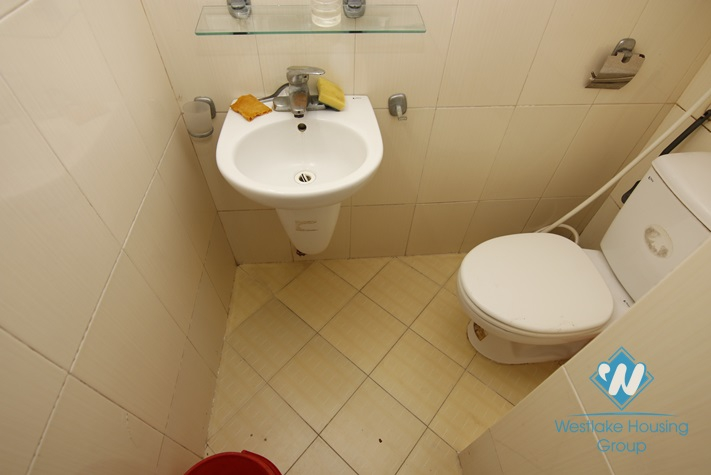 Four bedrooms house for rent in Doi Can street, Ba Dinh area