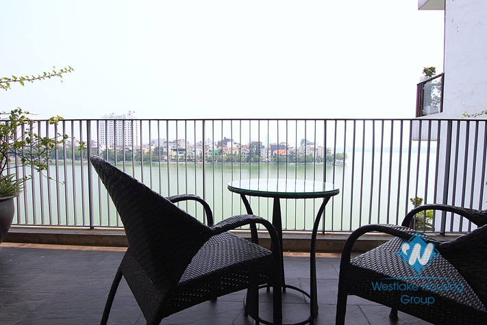 A lake view 2 bedroom apartment for rent in Quang An, Tay Ho