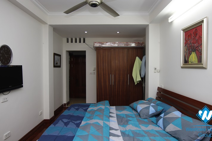 Cheap 3 bedroom apartment for rent in Ton That Thiep, Hoan Kiem
