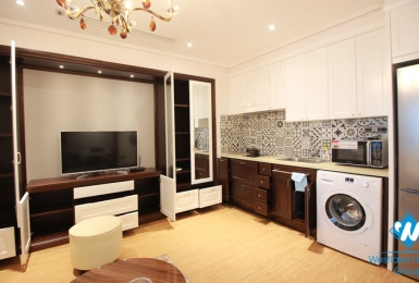 A high-end one bedroom apartmetn with luxury furniture in Truc Bach, Ba Dinh
