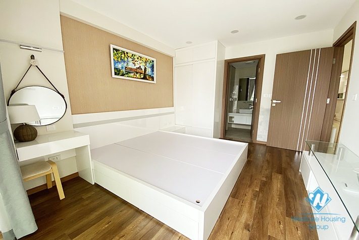 A new, delightful 3 bedroom apartment for rent in Ciputra Compound