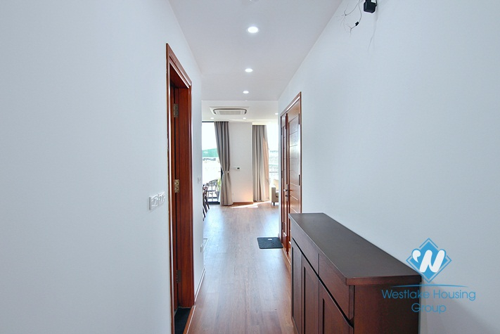 A gorgeous and brand new 2 bedroom apartment for rent in Xuan dieu, Tay ho