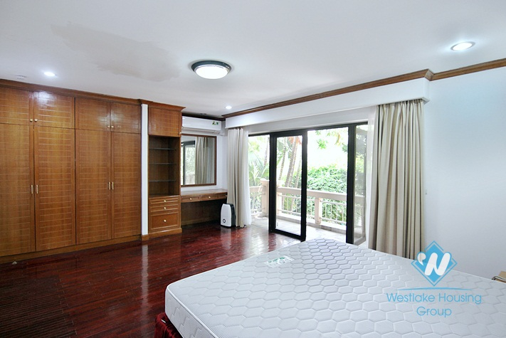 Luxury villa for rent in Westlake area, Hanoi