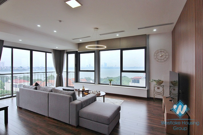 Lake view 4 bedrooms apartment for rent in Dang Thai Mai, Tay Ho, Ha Noi