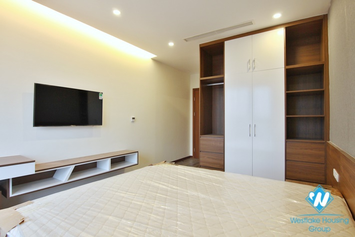 Newly good quality  2 bedroom apartment with nice view in Tay ho, Ha noi