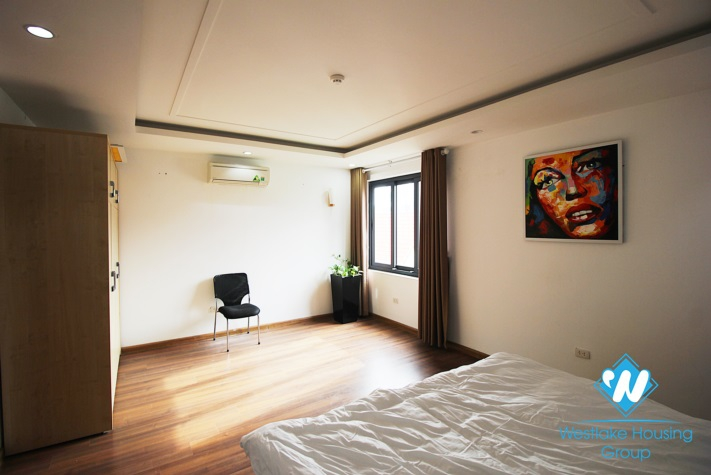 Big size 03 apartment for rent in Xuan Dieu st, Tay Ho District