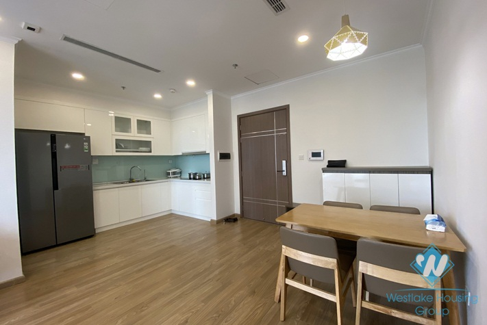 A good price 2 bedroom apartment for rent in Vinhome Gardenia, Ha noi