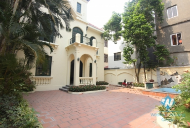 Garden and swimming pool villa rental in the heart of Tay Ho
