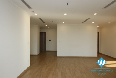A good apartment in Vinhome garden for rent