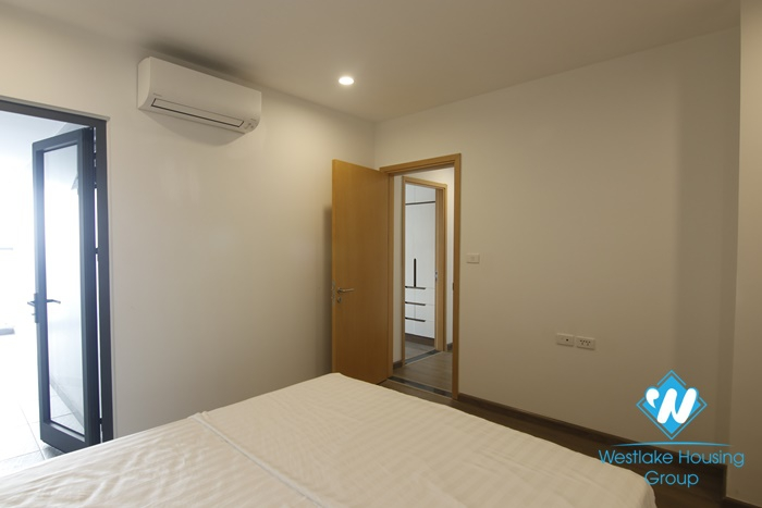A newly 3 bedroom apartment for rent in Cau giay, Ha noi