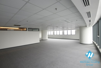 A nice office space for rent in Cau giay, Hanoi