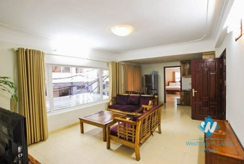 Good quality 02 bedroom apartment for rent  in Truc Bach area, Ba Dinh, Hanoi